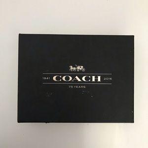 2016 Coach Box